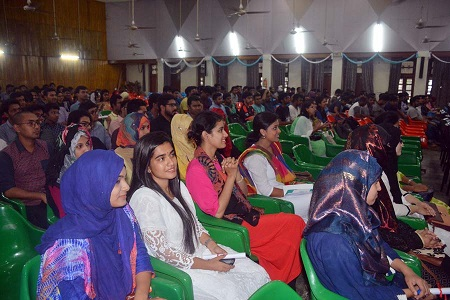 9bcb5acebe At the ceremony fresher s students were received with flowers and crest  handed over the graduate students. Among others teachers and students from  IEM ...